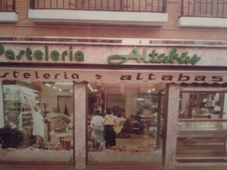 Pastelería Altabas.