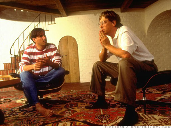 Heres A Photo From The Book Of Steve And His Sometimes Buddy Bill Gates Sitting In Steves Living Room As You Can See Jobs Had Very Little