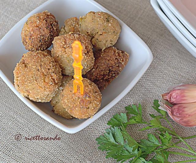 ricetta light di Polpette di riso con zucchine