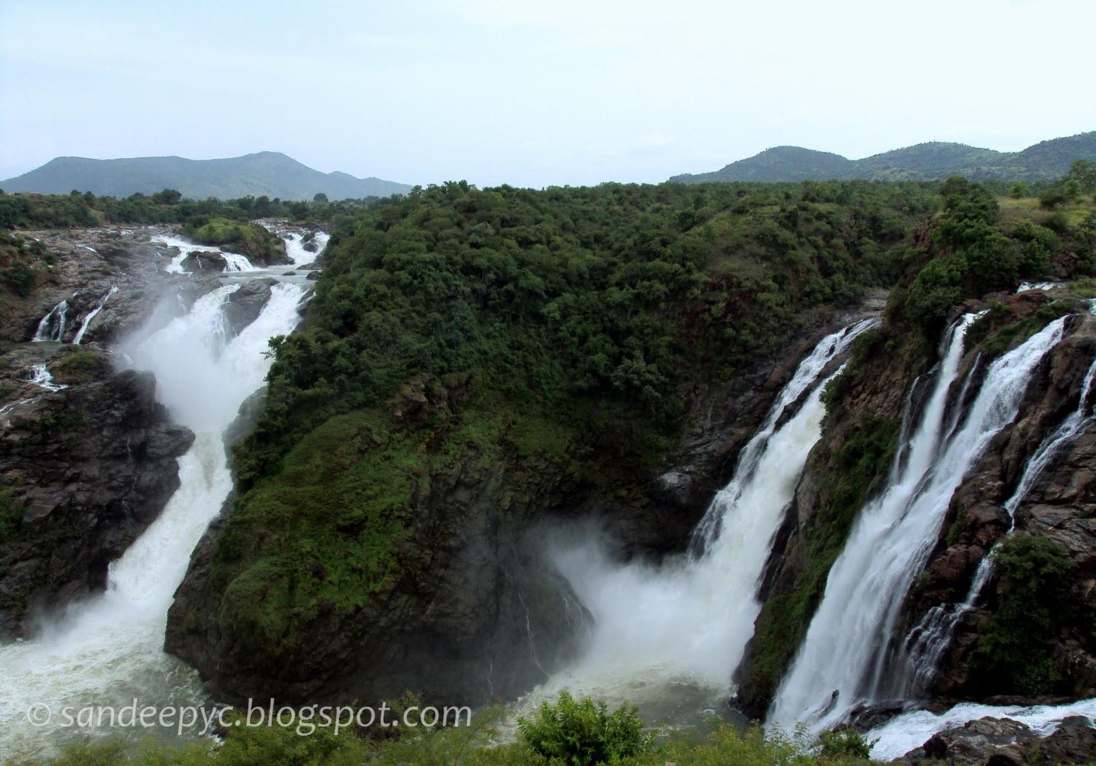 The twin falls of Gaganachukki