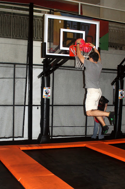 Jumpstreet Slam Dunk