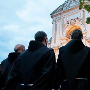 buongiornolink - Milano, truffa all'ordine dei frati francescani spariti lasciti, donazioni e affitti per 20 milioni
