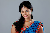 Bindu madhavi latest glam pics-thumbnail-14