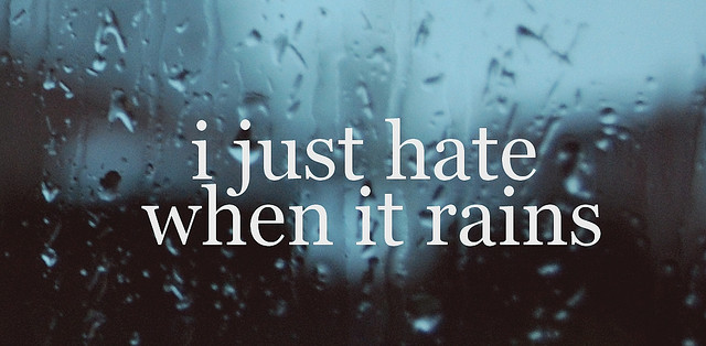 Nur Afnhie Sriandini I Hate The Rain