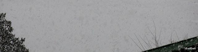 Chaine de Belledonne cacheé par les chutes de neige