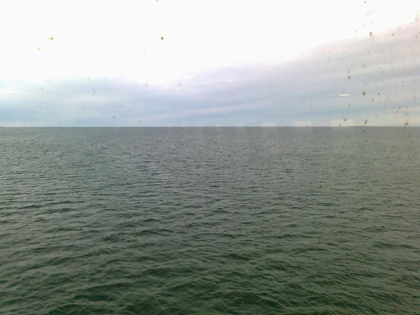 På båten på väg till Umeå i novemberväder