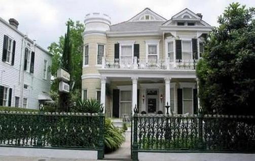 Elegant And Classic House Design Home Interior Ideas