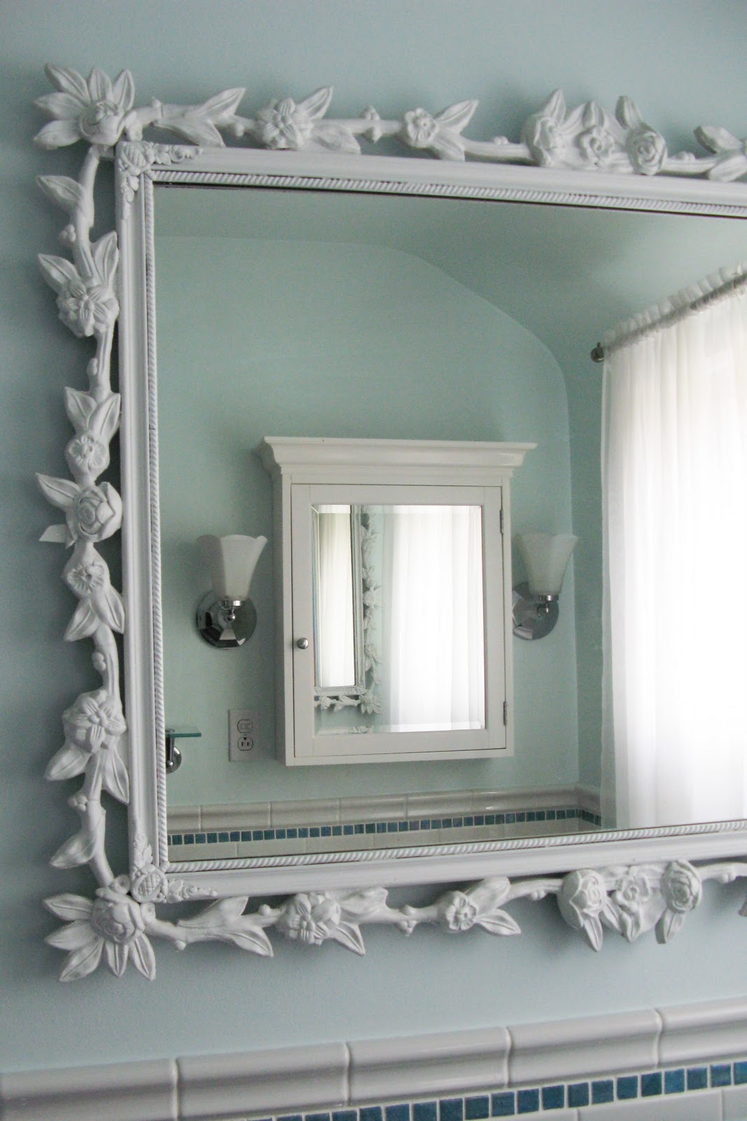 Top Large Bathroom Mirrors with Medicine Cabinet 1067 x 1600 · 196 kB · jpeg