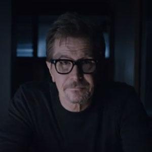 HTC Tunjuk Gary Oldman Sebagai Ambasasor HTC M8
