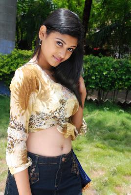 oviya helen spicy actress pics
