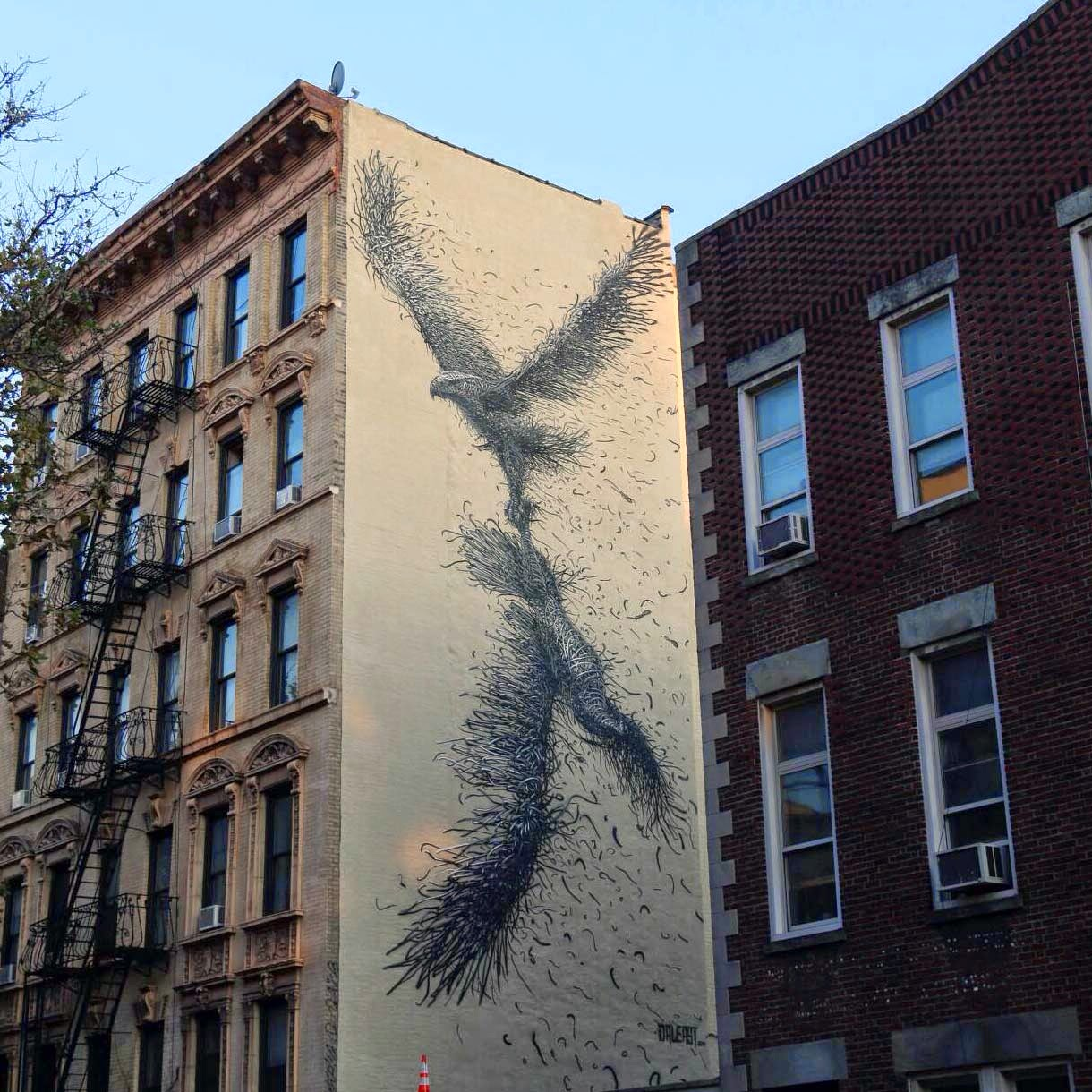 The Chinese painter DALeast is currently in New York City where he just finished working on this new mural in Manhattan.