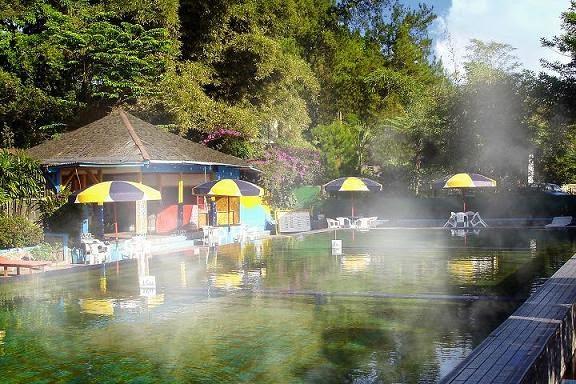 Pemandian Air Panas Ciater - Bandung