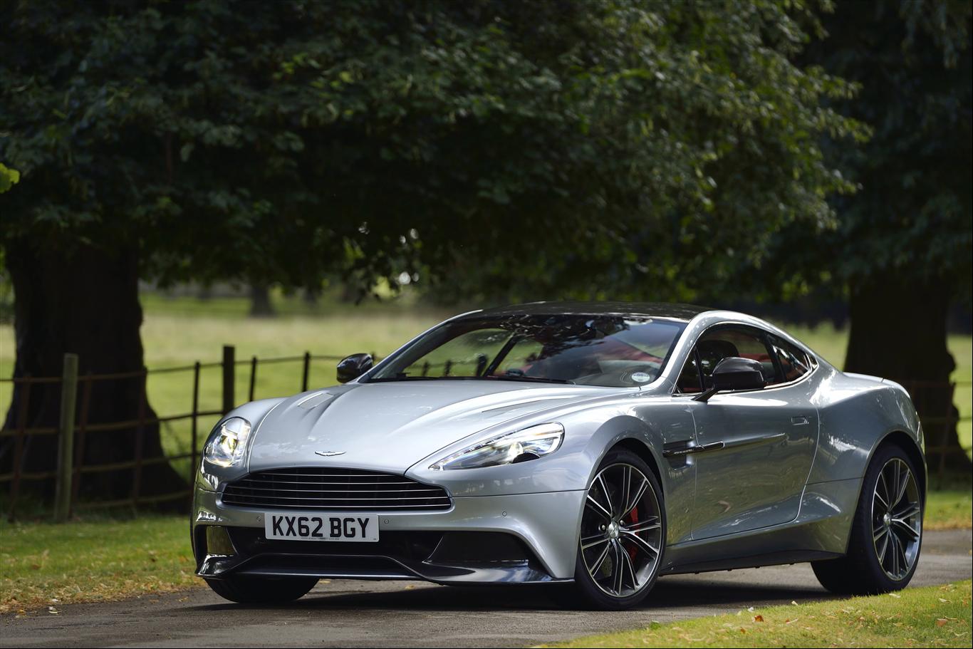 Car Aston Martin Silver Cross