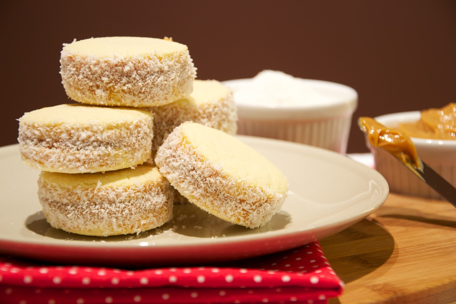 covered sandwich cookies with dulce de leche alfajores alfajores ...