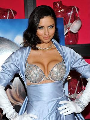 Adriana Lima Victoria's Secret Angel Sexy Wonder Bra