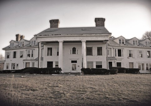 Coveted vintage abandoned mansions including the great for Mansions for sale us