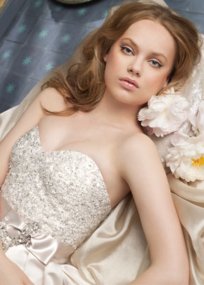 Alvina Valenta 2011 Wedding Dress Collection
