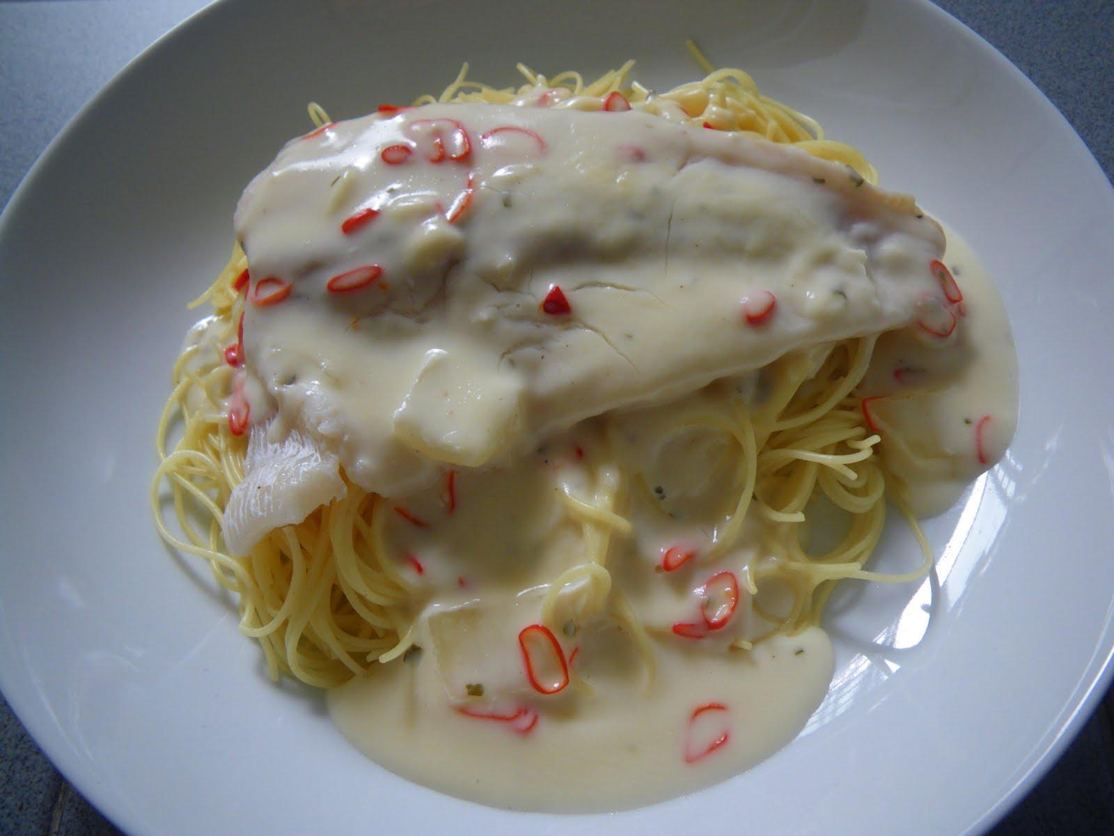 Little lamb 39 s kitchen 28 aug 11 sun cream sauce for Creamy sauce for fish