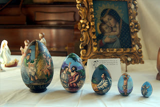Seasonalpics Beautiful nativity scene from Russia photo