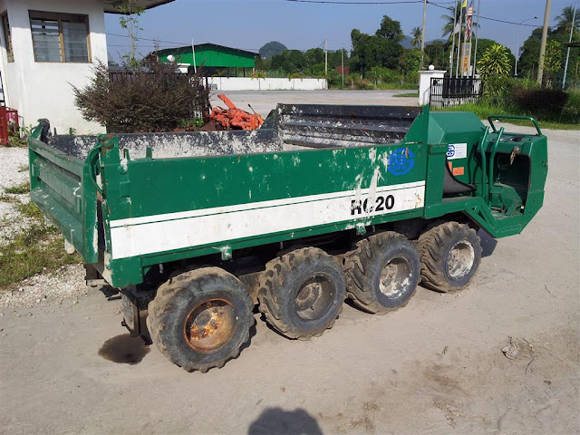 Kubota 8 Wheel Mini Dump Truck