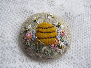 Embroidered Bee Hive on Linen Brooch - mariadownunder