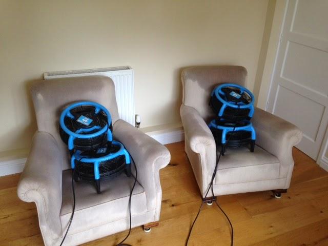http://www.artofclean.co.uk/upholstery-cleaning/