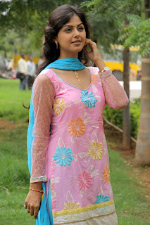 Monal Gajjar latest gorgeous Pictures 012.jpg