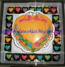CHOC LOVE BOX SIZE 'XL' WITH 50PCS PRALINE