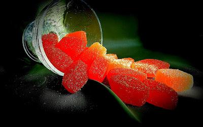 Фото мармеладных конфет для будущих обоев в Twitter