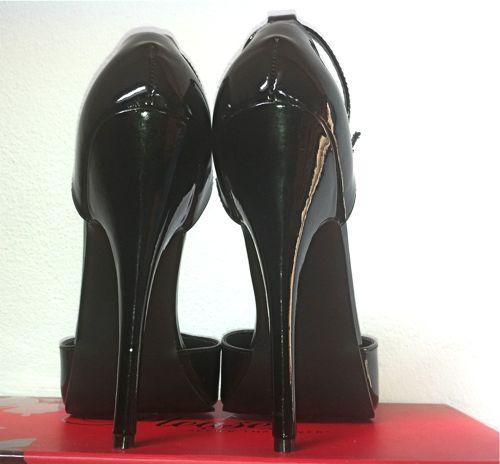 6 inch Pleaser Domina sandals