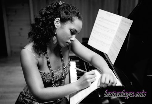 Alicia+Keys+ +Love+Hard Free Download Mp3 Lagu Alicia Keys   Love Hard