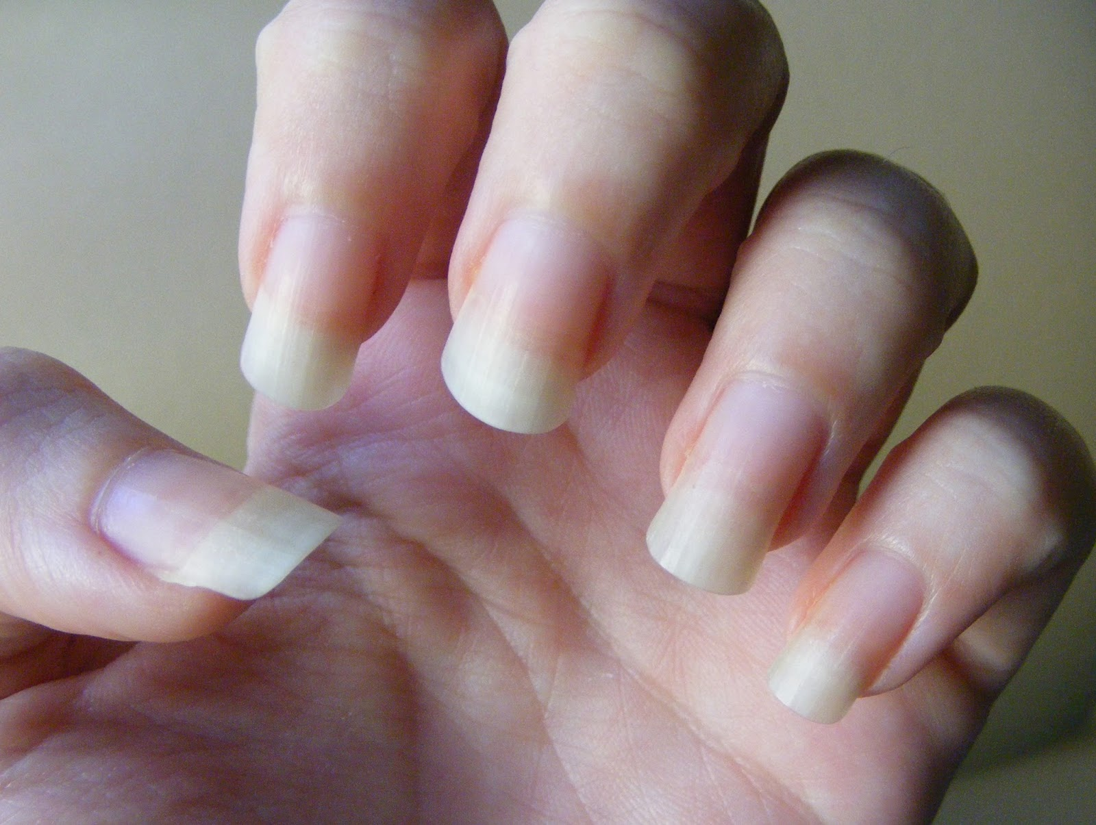 Cosette\'s Beauty Pantry: Nail bed rehab!
