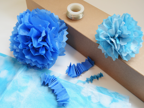 how to make tissue paper pom poms martha stewart How to make tissue paper pom poms it was love at first sight when i saw these amazing paper flowers at martha stewart weddings i've wanted to make them for quite a while, but needed them for absolutely no reason.