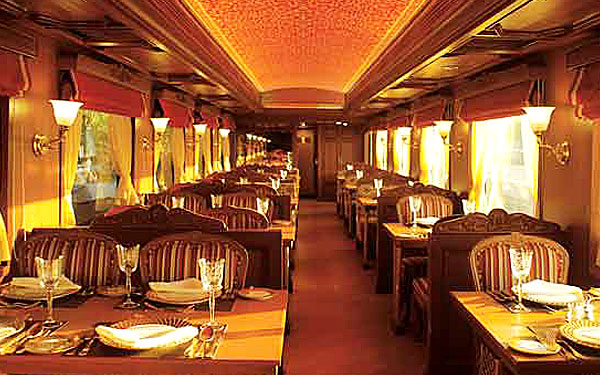 Maharajas 39 express train a royal india tour - Maharaja fine indian cuisine ...