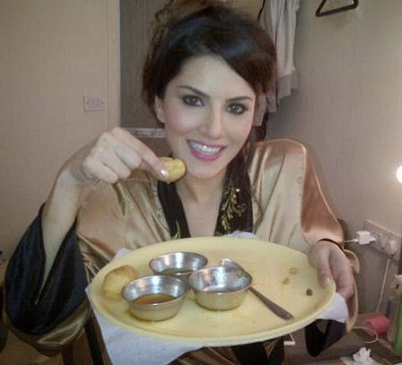 Sunny leone eating junk food