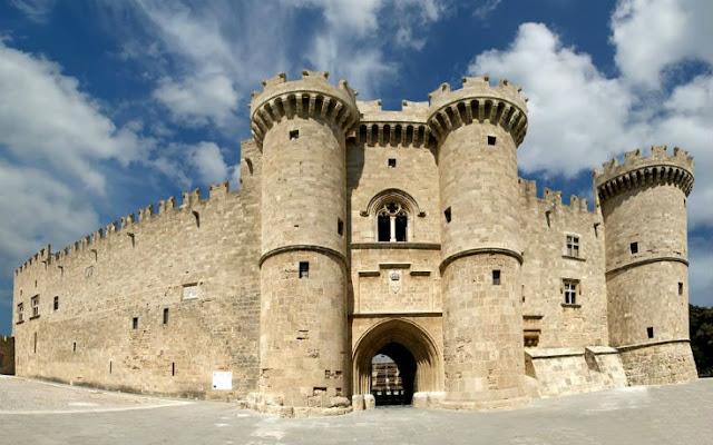 Δέκα εντυπωσιακά Κάστρα της Ελλάδας