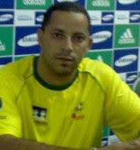 Feirense anuncia o técnico Tinho Damasceno para o Baianão 2015