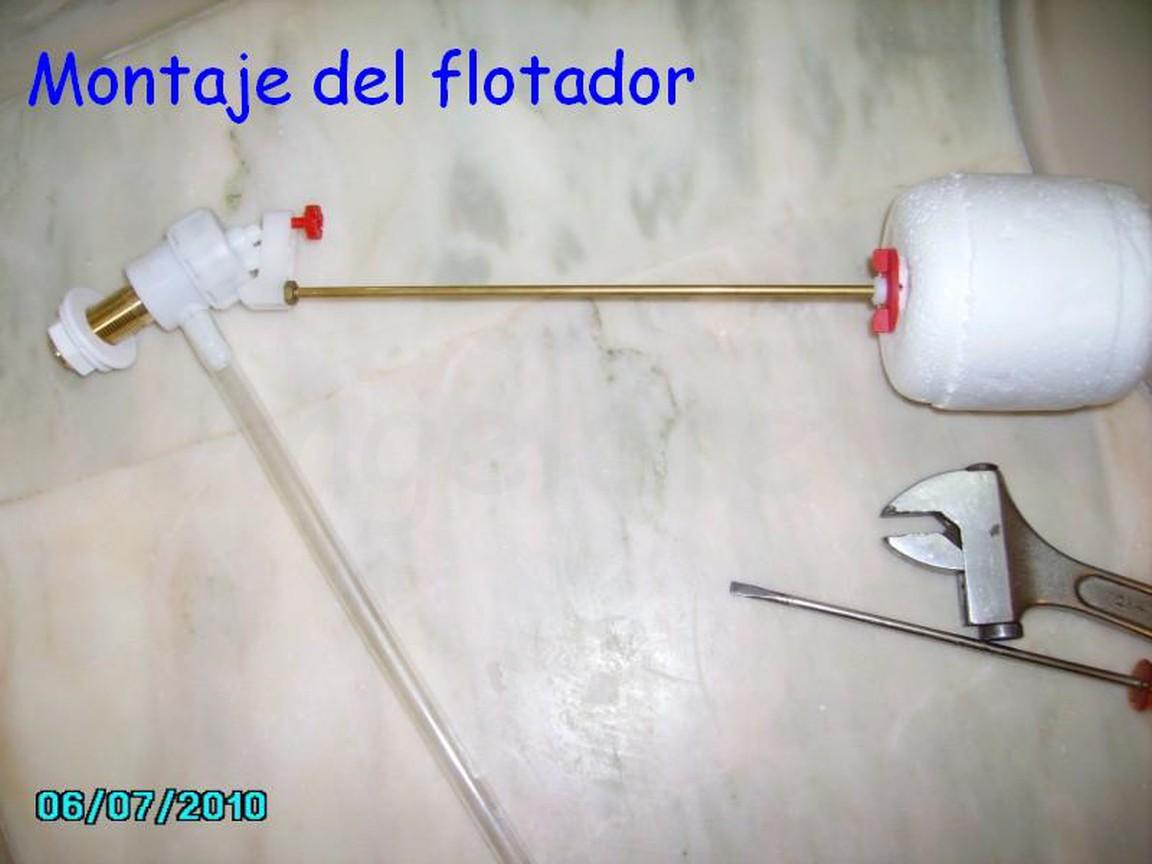 Reparaci n fuga de agua en cisterna el flotador no cierra for Cisterna vater