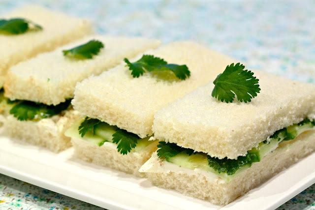 Here is a very dainty, classic tea sandwich that is great for lunch as ...