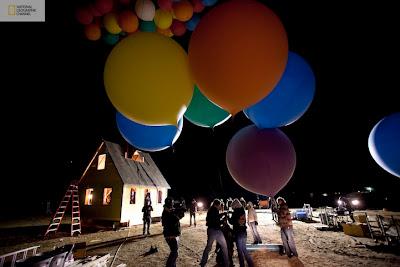 casa real volando por globos