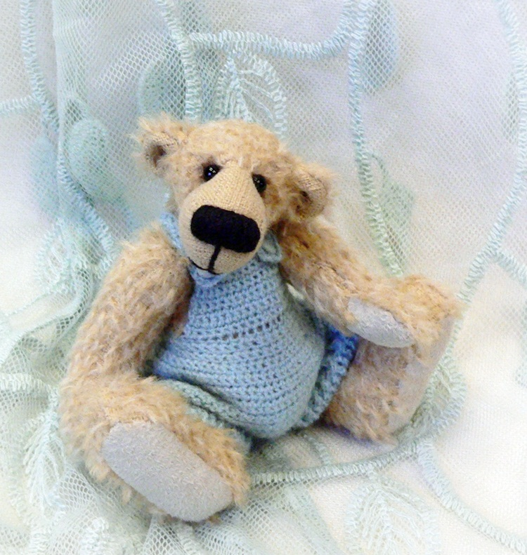 Megans Tiny Treasures How To Crochet Dungarees For A Teddy Bear