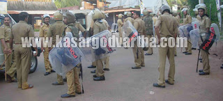 Manjeshwaram, Kunjathur, Class, Police, Lathicharge, Case, Kasaragod, Kerala, Malayalam news, Kasargod Vartha, Kerala News, International News, National News, Gulf News, Health News, Educational News, Business News, Stock news, Gold News