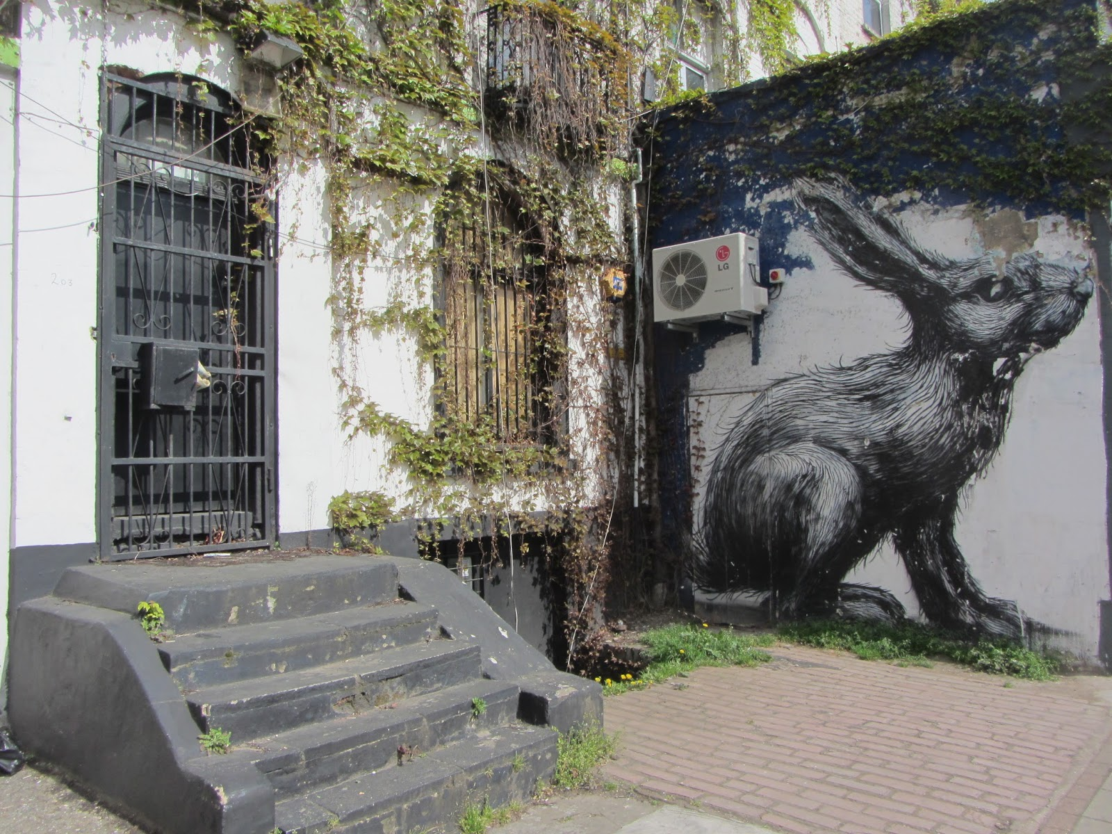 ROA  Hackney Road