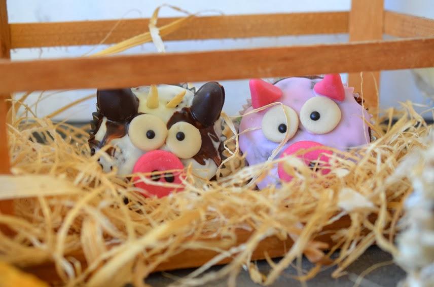 Schokoladige Schweinchen- und Kuh-Muffins