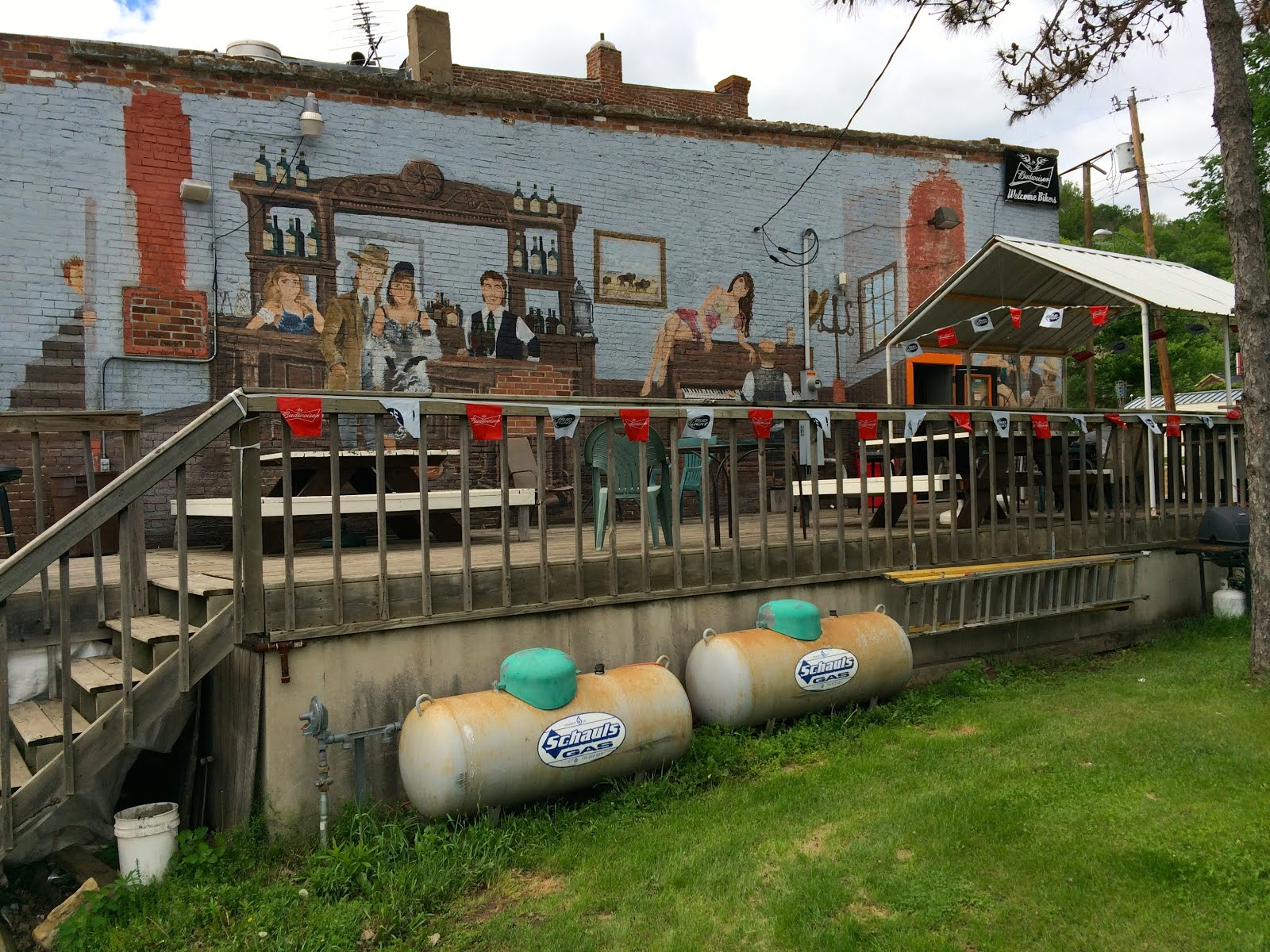 Maiden Rock Watering Hole displays classic Mural Art.