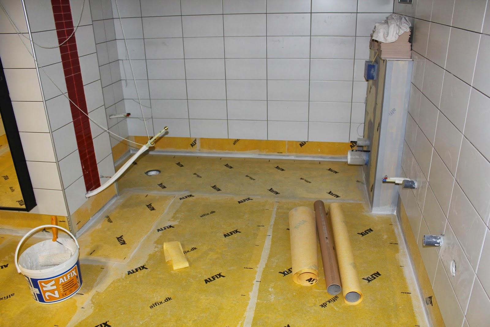 Inredning kakla på våtrumsmatta : Uffes Bygg: mars 2014