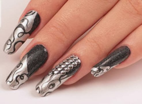 U as decoradas en negro con plata for Unas decoradas con piedras de cristal