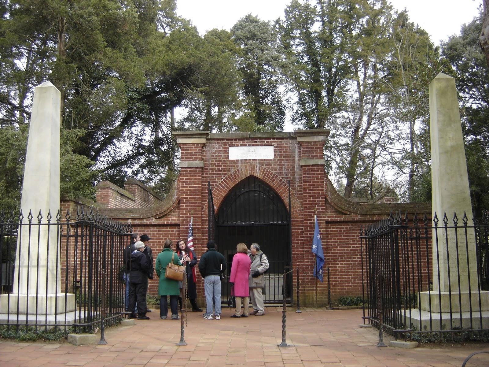 Washington family burial grounds