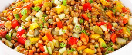 Receita de salada de lentilha colorida (e saudável)