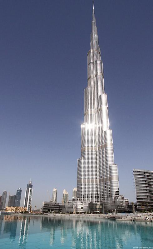 Burj Khalifa Car And Electronic Wallpaper